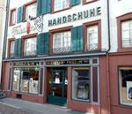 Ladenansicht des Handschuhgeschäftes Friedlin in der Stadthausgasse, 2014