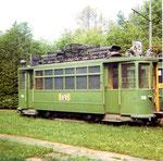 Der Trammotorwagen Be 2/2 Nr.138 mit dem Nummernschild der Linie 16 in der Abstellanlage Eglisee, 1970