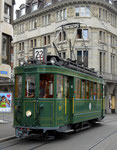 Hundert Jahre Tram nach St.Jakob. Der Motorwagen Be 2/2 Nr.215 auf der Linie 22 die Haltestelle Marktplatz anfahrend, 2016