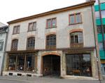 Das markante und schöne Gebäude eines Antiquitätenhändlers am Petersgraben 19, 2016