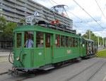 Hundert Jahre Tram nach St.Jakob. Motorwagen Be 2/2 Nr.190 und ein Sommerwagen auf der Linie 22 an der Haltestelle St.Jakob, 2016