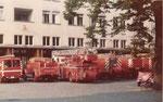 Feuerwehrautos der Berufsfeuerwehr Basel-Stadt im Lützelhof, 1975