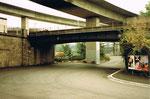 Die Erlenstrasse während des Autobahnbaus im Jahre 1975