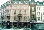 Die Häuserreihe an der Feldbergstrasse - Ecke Claragraben, 1987