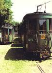 Der Trammotorwagen Be 2/2 Nr. 142 und Anhängewagen Nr. 1211 in der Abstellanlage Eglisee, 1972