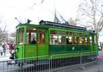 Der Oldtimer-Trammotorwagen Be2/2 Nr. 163 an der Haltestelle Stadttheater als Fasnachts-Comite-Unterkunft 2018