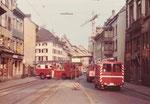 Einfahrt von Feuerwehrautos der Berufsfeuerwehr Basel-Stadt in der Spalenvorstadt, 1975