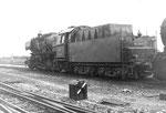 Tenderansicht der Dampflokomotive BR 052 838-0 im Bahnbetriebswerk Haltingen, 1971