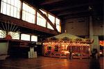 Die Herbstmesse im hinteren Teil der Kongresshalle (Halle 8b) mit der schönen alten Resslirytti,1978