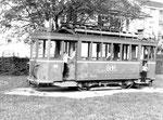 Der Trammotorwagen Be 2/2 Nr. 185 auf einem Kinderspielplatz in Allschwil im Jahre 1975, (als Nachfolger des Be 2/2 Nr.46)