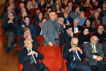 """Lecce, 17 dicembre 2015 - Intervento di saluto al pubblico, agli artisti e alle autorità civili, militari e religiose presenti in sala, in qualità di componente  del Comitato d'Onore al Premio """" David di Bernini """". ( Italphoto Mesagne )"""