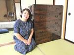 福井市より修理依頼の時代箪笥を納品してきました。