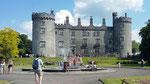 Samstag: Kilkenny Castle mit dem Schlosspark.