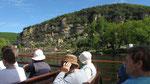 Dienstag: Bootsfahrt auf der Dordogne mit Blick auf die bewohnte Felswand von Roque Gageac (2 von 2)