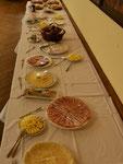Osterfrühstück im Pfarrsaal (Buffet frisch hergerichtet)