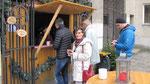 Dritter Advent Sonntag, nur wenige Besucher nach der Messe