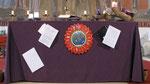 Dritter Adventsonntag, am Altartuch hängen jetzt schon drei Breife (aus Österreich, Niederlande und Russland)