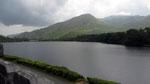 Dienstag: Die Benediktiner Abtei Kylemore Abbey liegt an einem majestetischen See.