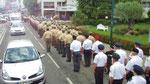 Samstag: Lourdes, Militäraufmarsch