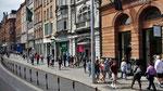 Sonntag: Geschäftstraße in Dublin.