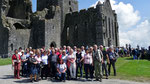 Samstag: Gruppenfoto auf dem Rock of Cashel.