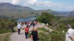"""Freitag: Blick auf die Landschaft von einem Aussichtspunkt am """"Ring of Kerry"""""""