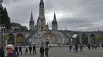 Samstag: Basilika von Lourdes