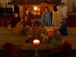 Krippe, vorne am Altar