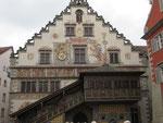 Donnerstag: Rathaus von Lindau mit schön erhaltenen Malereien.