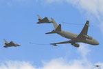 2x Typhoon und Boeing KC-767A