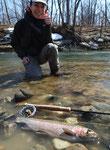例年その年の釣り初めに来るのがAご夫妻。ガイドフィッシングではよくある話だけど、毎回奥様のMさんのほうが大きいサイズを釣っちゃうのです。
