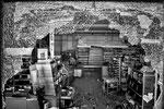 """Supermercato saccheggiato, Futaba city, Fukushima """"No-Go Zone"""", Giappone"""