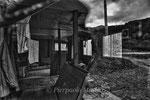 """magazzino abbandonato, villaggio di Kawauchi, Fukushima """"No-Go Zone"""", Giappone"""