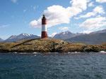 Von Ushuaia mit dem Katamaran in zweieinhalbstündiger Fahrt zum Beagle Leuchtturm
