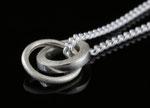 Zarte Silberkette mit Silberanhänger