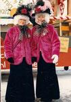 die Beamten 1986 waren: Geisskönig Theo Sigrist, Geissober Hans Berchtold, auf dem Bild zu sehen: Geissnäll Margrit Zünd und Geissunder Trudi Abächerli