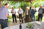 Geburtstagsfeier 2011: Geissammä Bruno Abächerli begrüsst die Geburtstagsgäste