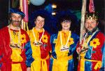 Die Beamten 1991: Ober Werni Bossert,  Näll Marie Halter, Under Ursi Küchler, König Kobi  Grünenfelder