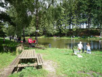 L'étang lors d'une journée d'initiation à la pêche