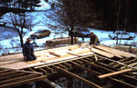 C'est dans la neige début 1987 que commence la construction du chalet.