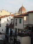 Das war der Blick vom Balkon unseres Hotelzimmers in der Altstadt von Florenz