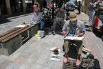 in der Stadt beim Malen