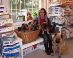 In Begleitung von Mama Malva beim Tierarzt