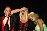Chis Schadek, Lisa Stepanek und Jacky Surowitz als Gräfin Mariza