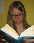Julia  Hobby: Lesen, Schreiben - Liest gern Fantasy, Dystopien