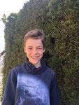 Lukas  Hobby: Fußball, Gitarre, Lesen - Liest gerne lustige Bücher und Abenteuergeschichten