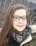 Melanie  18 Jahre  Hobby: Musik - Liebt Fantasy-Romane