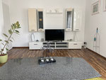 Blick zum TV vom Sofa