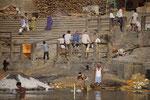 Totenverbrennung in Varanasi