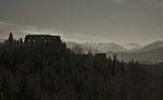Blick von der Hohenfreyenberg Ruine zu der Eisenberg